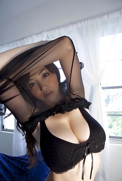 busty 아시아 Anri sugihara..