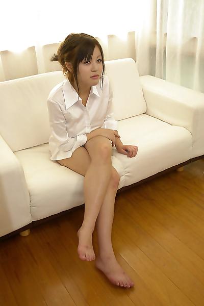 Pretty japanese model sara..