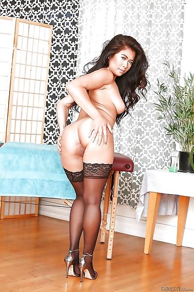 Erotic Asian girl Maya Mona..