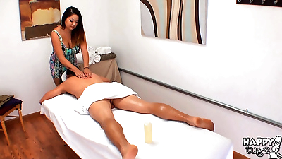 Asian masseuse lends a hand..