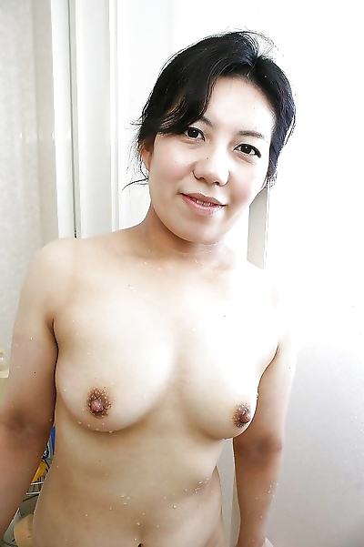 Fuckable asian mature lassie..