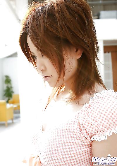 Pretty asian coed Hitomi..