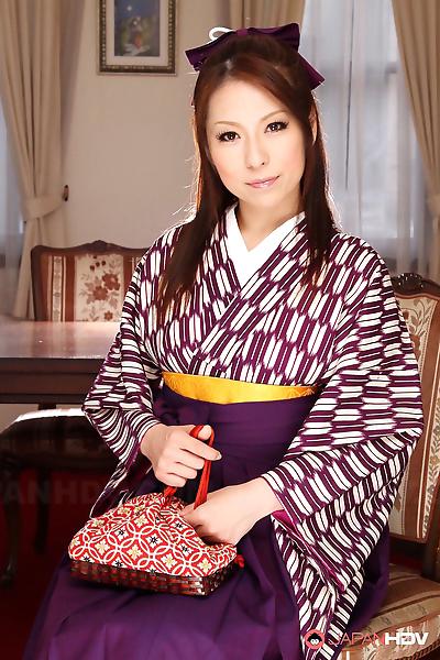 Japanese woman Himeki Kaede..