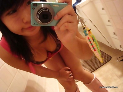 Horny amateur singaporean..