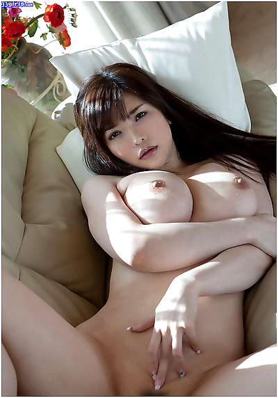 Asian gfs posing and fucking..