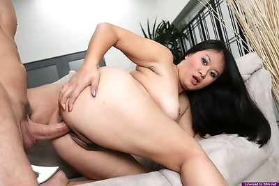 Curvy naked Asian fed cock..