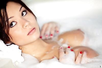 Erotic model Jennie Reid..