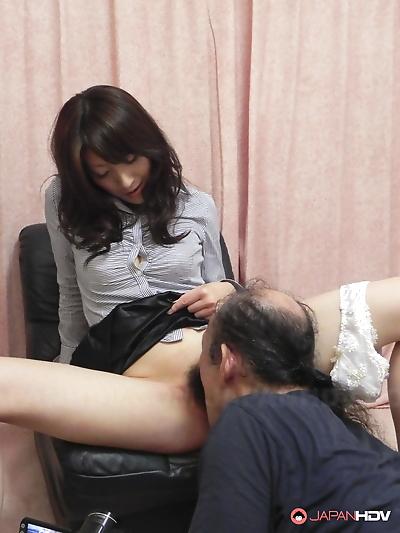 Japanese beauty Miku Sachi..