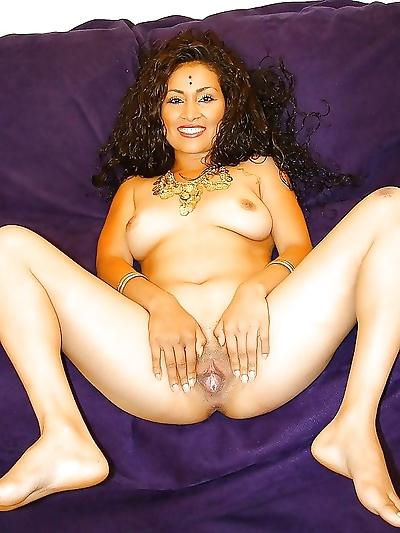 Sexy hot indian desi girls sucking and fucking - part 5157